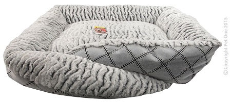 Y Cat Bed 70x60x18cm Grey Check W&B Strip Wool