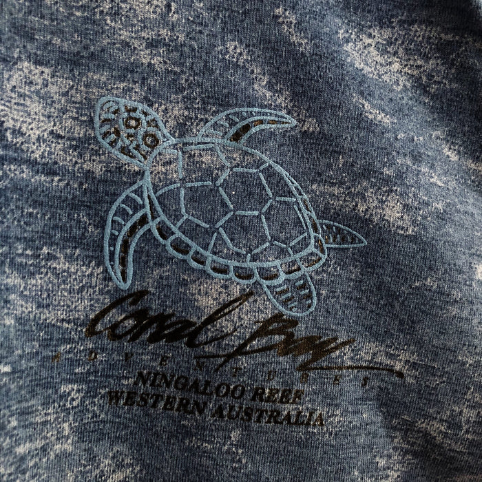 Coral Bay Adventures Turtle Ningaloo Reef 90's Vintage T-Shirt Mens Large (Fits Medium)