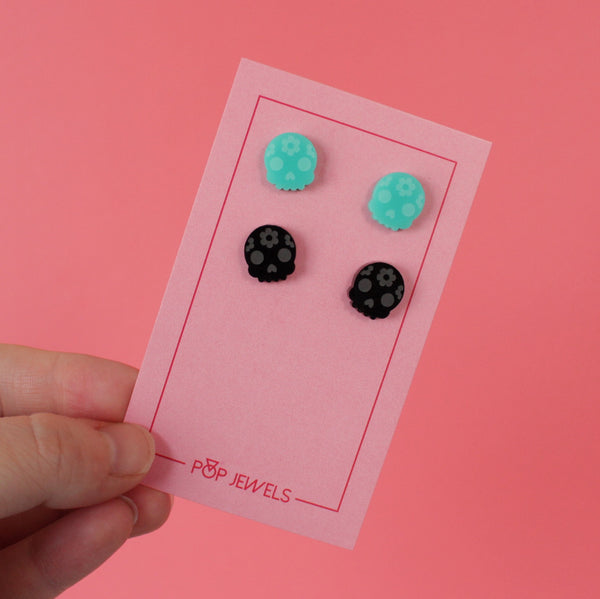 Mini Skull Studs - Black/Mint