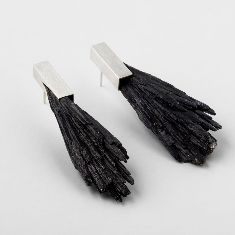 ZENITH earrings from black Kyanite