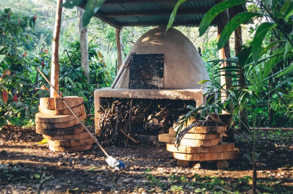 classic wood-fired pizza oven