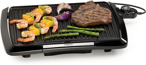 grilling vegetables and steak with Presto 09020