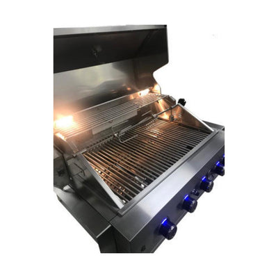 Mont Alpi 32 Inch Built In Gas Grill MABI400 interior lights on