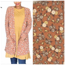 Load image into Gallery viewer, Floral Essential Cardigan
