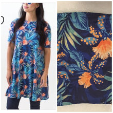 Load image into Gallery viewer, Swing Tunic - Orange Floral