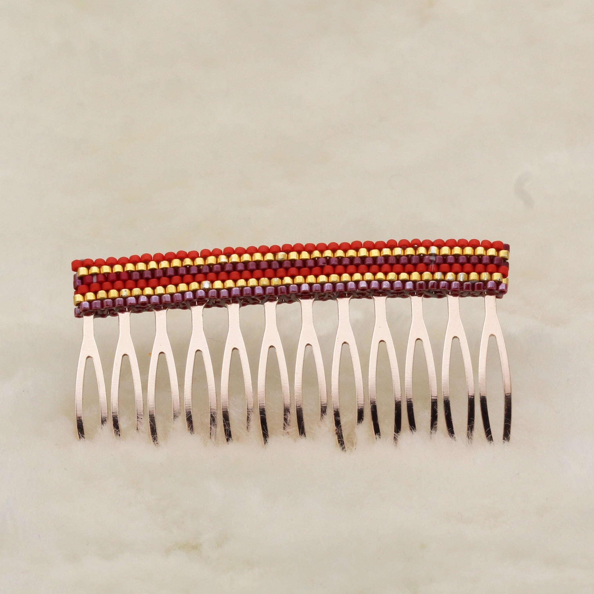 Hair combs red