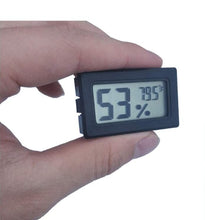 digital-thermometer-and-humidistat