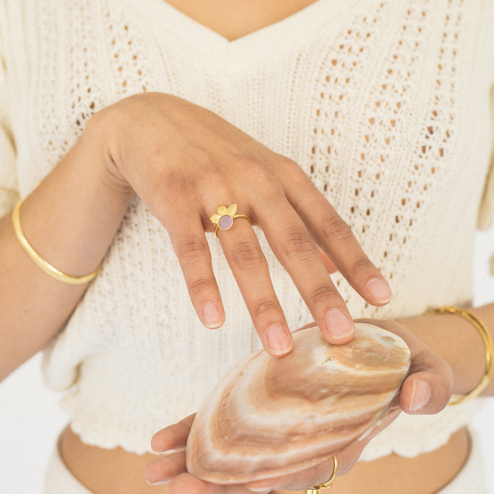 Load image into Gallery viewer, Lea Ring With Rose Quartz Stone