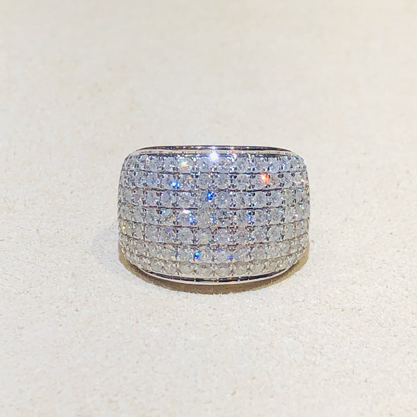 Gorgeous White or Yellow Gold 2.00 Ctw Diamond Band