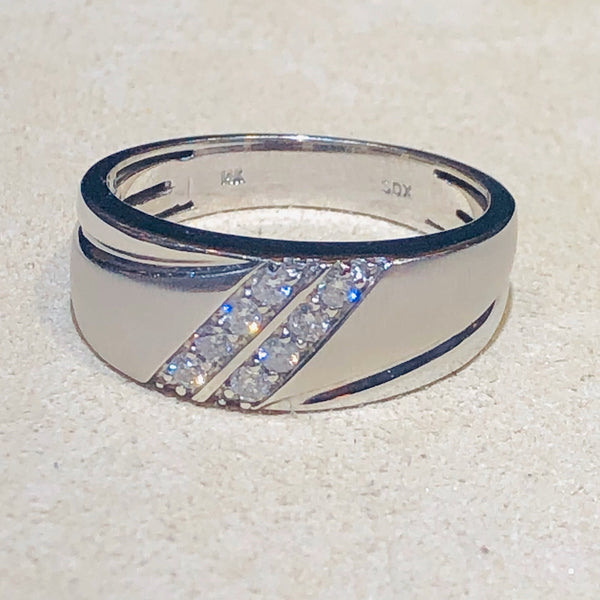 14Kt White Gold Men 0.25 CTW Diamond Wedding Band