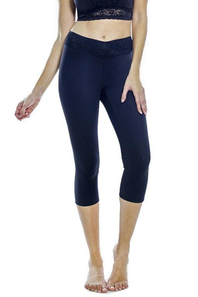 Lace Waist Capri Legging - Black / S - Apparel