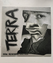 Load image into Gallery viewer, Terra - Här Kommer Natten / Vinyl 7""