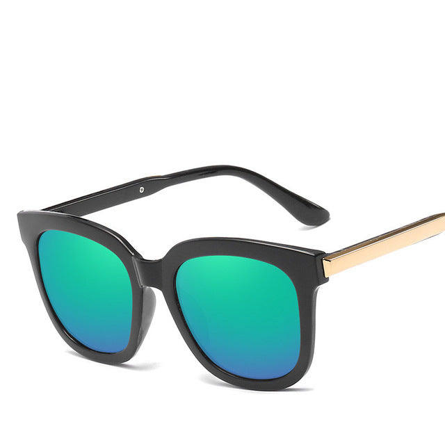 Trendy Vintage Sunglasses For Women - Picaka