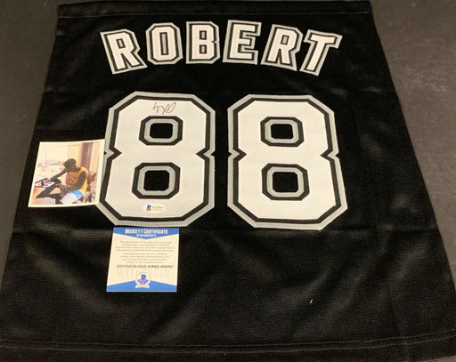 Luis Robert Chicago White Sox Autographed Signed Jersey SWATCH 16x20 Black .