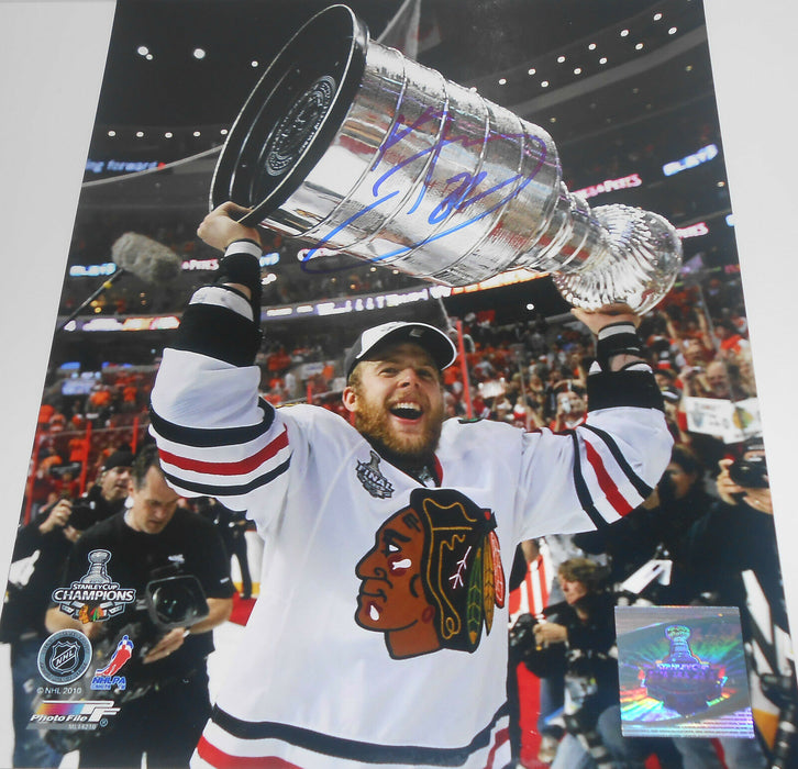 Kris Versteeg Chicago Blackhawks Autographed Signed 8x10 Stanley Cup Champions A