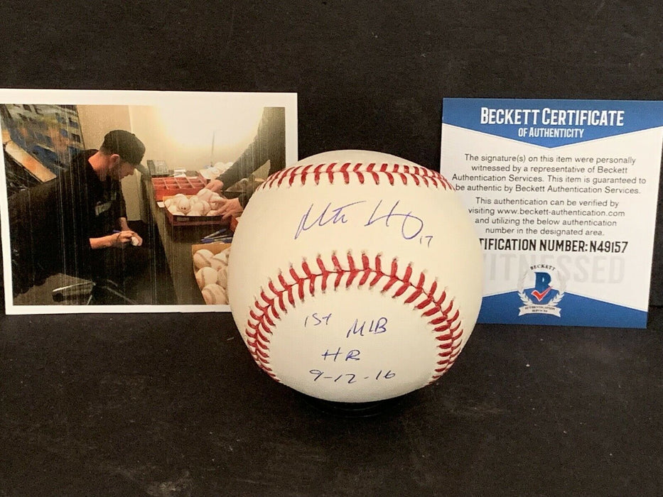 Mitch Haniger Seattle Mariners Signed OMLB Baseball Beckett WITNESS 1st MLB HR