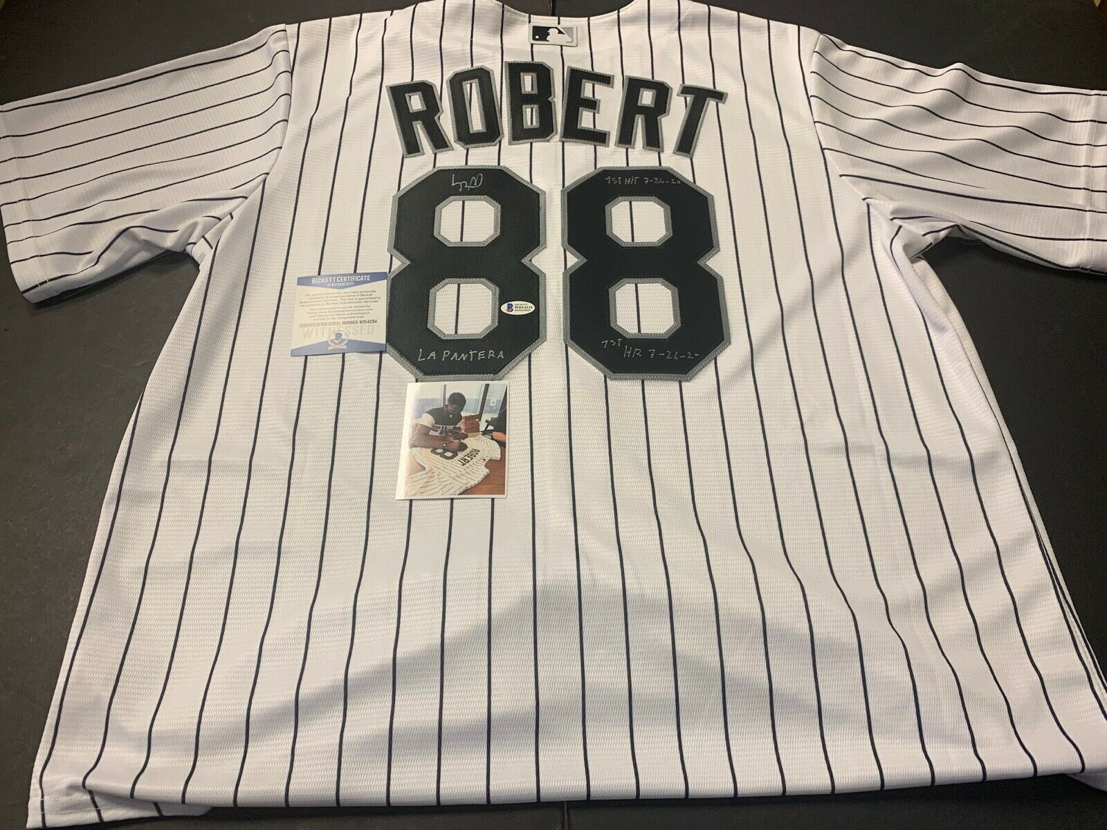 Luis Robert White Sox Signed HOME Jersey Beckett WITNESS COA 3 Inscriptions NIKE