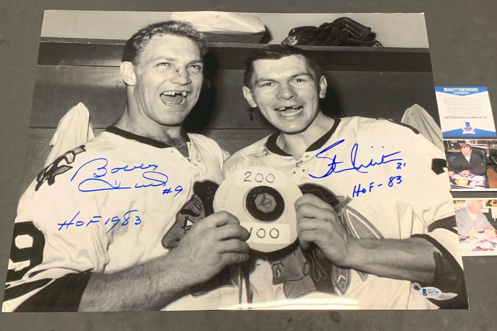 Stan Mikita Bobby Hull Chicago Blackhawks Signed 16x20 Beckett COA 100/200
