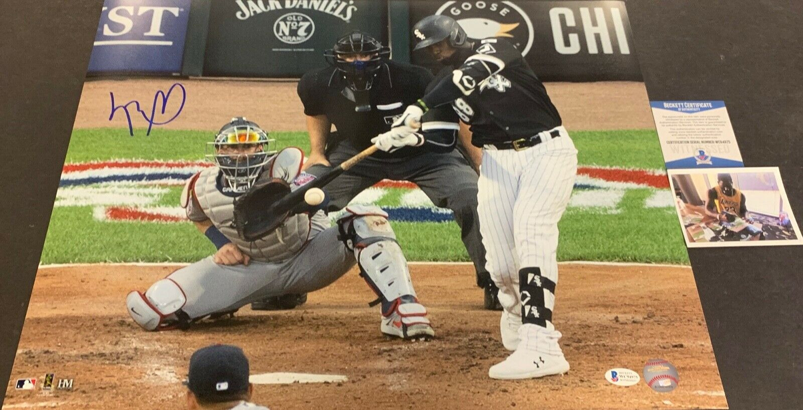 Luis Robert White Sox Signed 16x20 Photo Beckett WITNESS COA 1st MLB Hit .