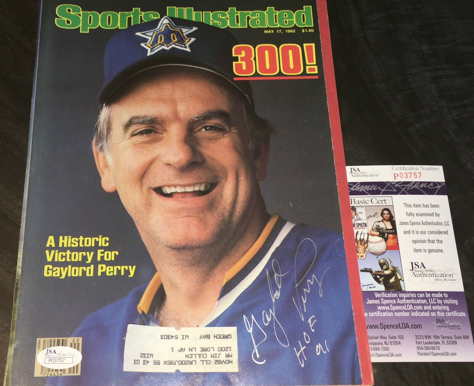 Gaylord Perry Seattle Mariners Autographed Signed Sports Illustrated JSA COA