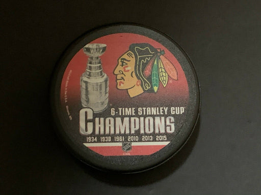 Chicago Blackhawks 6 x Stanley Cup Champs Hockey Puck NHL Licensed Brand New