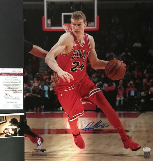 Lauri Markkanen Chicago Bulls Autographed Signed 16x20 Photo JSA WITNESS COA B