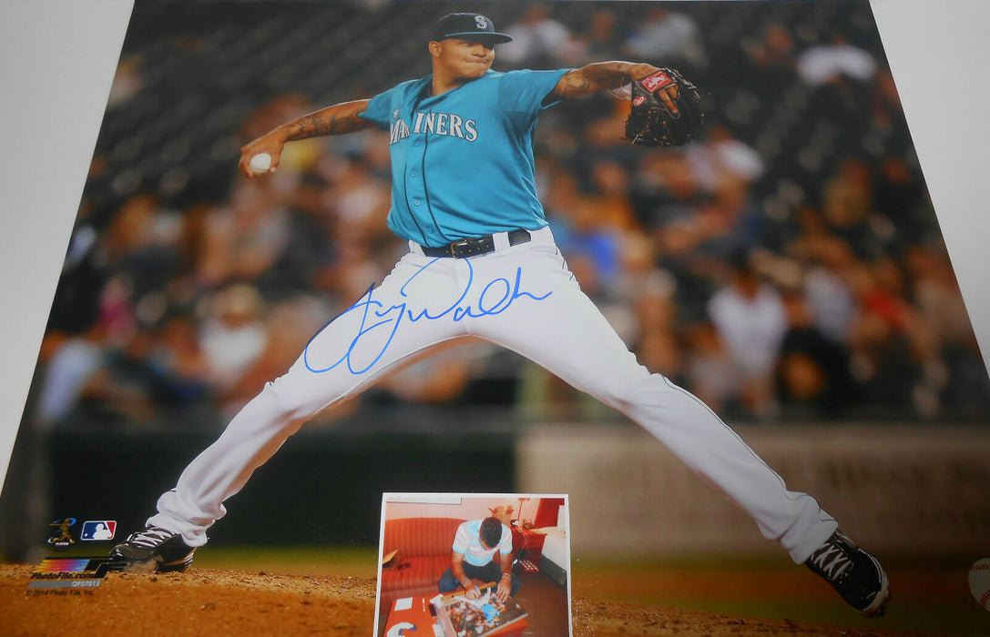 Taijuan Walker Seattle Mariners Autographed Signed 16x20 Horizontal H