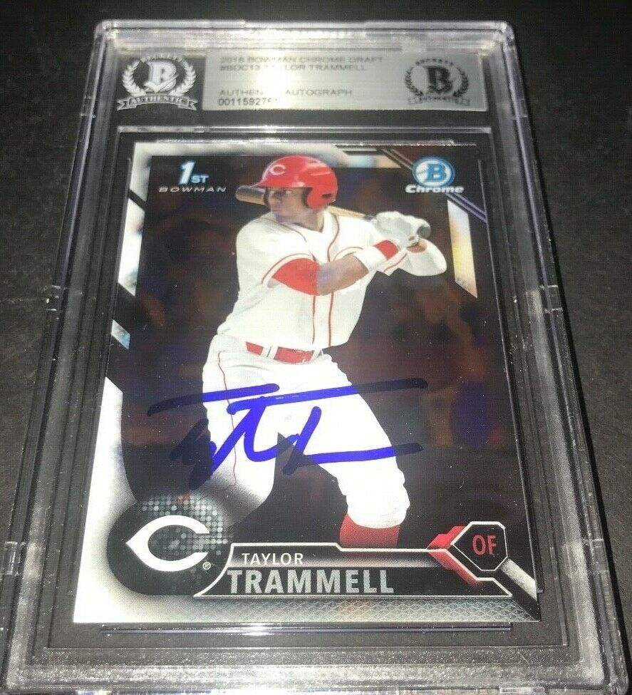 Taylor Trammell Padres SIGNED 2016 BOWMAN DRAFT CHROME BECKETT CERTIFIED 9