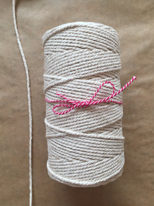 No. 4 Macramé Cord Neutral (500g) 4mm