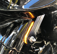 Load image into Gallery viewer, HOGWORKZ - TURN SIGNALS - '97-'18 Harley Street Glide/Touring Front LED Billet Fork Turn Signals