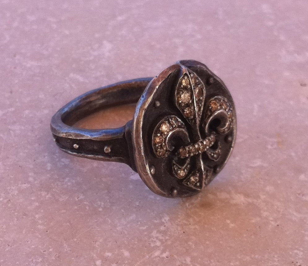 Sterling Silver Fleur De Lis Ring with Champagne Diamond Pave