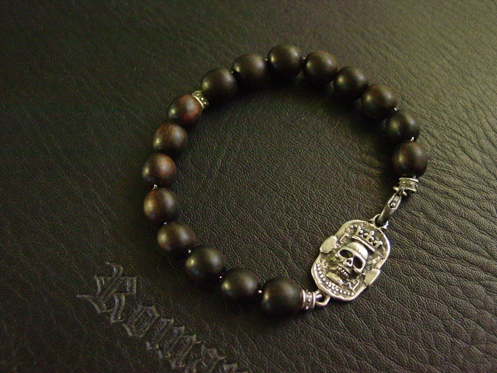 Sterling Silver Crowned Skull Dog Tag & Ebony Beads