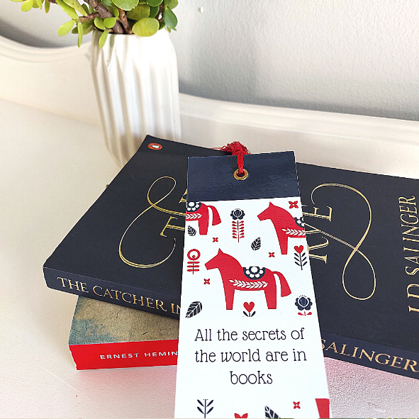 Nordic Dala Heste (Dala Horses) Design Bookmark with tassel (CODE BM1005) - Wholesale