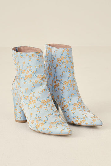 JAGGAR - Forward Brocade Boot - Cornflower