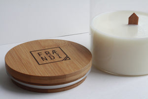 Wooden wick candle - Fraendi