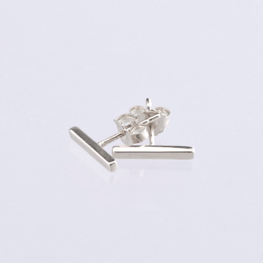 9ct White Gold Bar Earrings