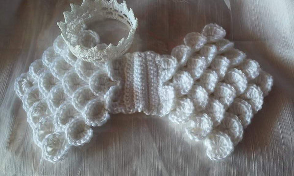 Newborn  angel wings and crown set