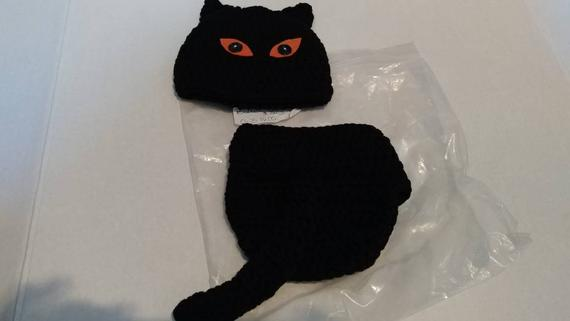 Crochet black cat Halloween hat and diaper cover
