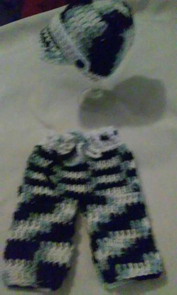 Newborn baby hat and pants set, black amd white multi color