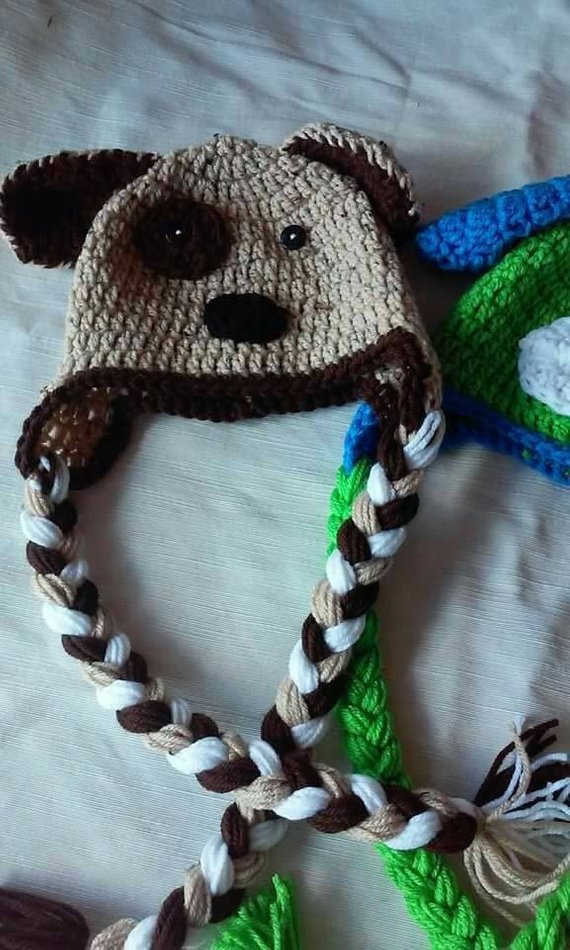 Crochet puppy hat, tan and brown