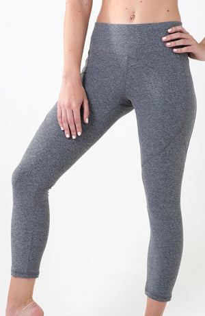 Grey melange 7 8th panelled leggings with back pocket for phone