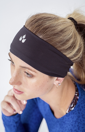 Black wide headband for gym or running