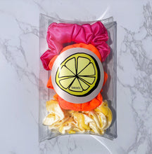 Load image into Gallery viewer, 'CARMEN MIRANDA' SCRUNCHIE PACK