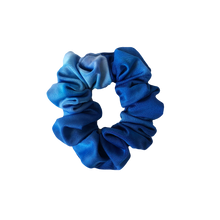 Load image into Gallery viewer, 'WAVE CHASER' SWIM SCRUNCHIE