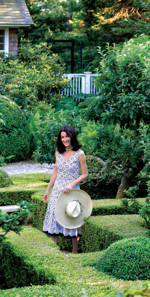 TAKE GARDEN INSPIRATION FROM THESE DREAM LANDSCAPES IN THE HAMPTONS