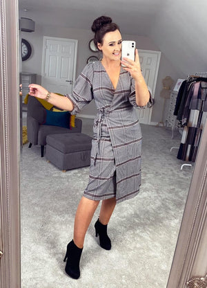 Ichi Check pattern wrap dress