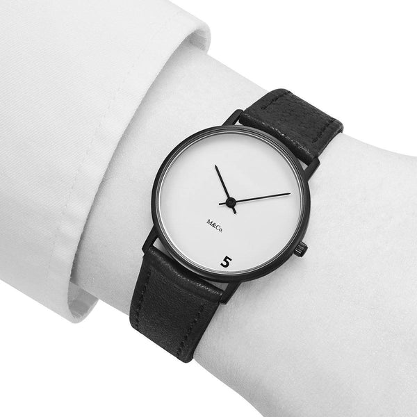 5 O'Clock watch - Monochrome