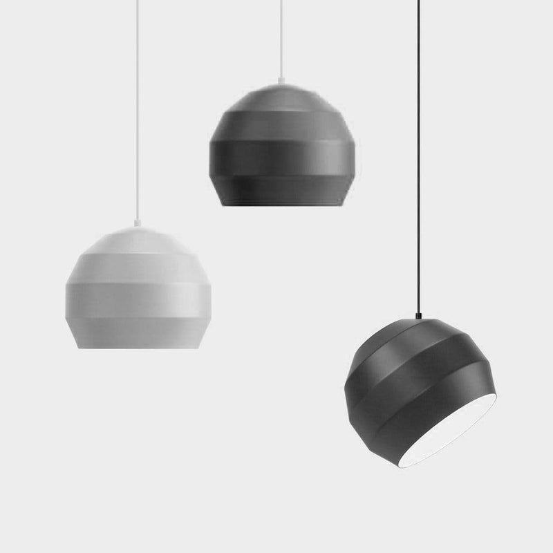 Pitch peacock pendant light - Monochrome