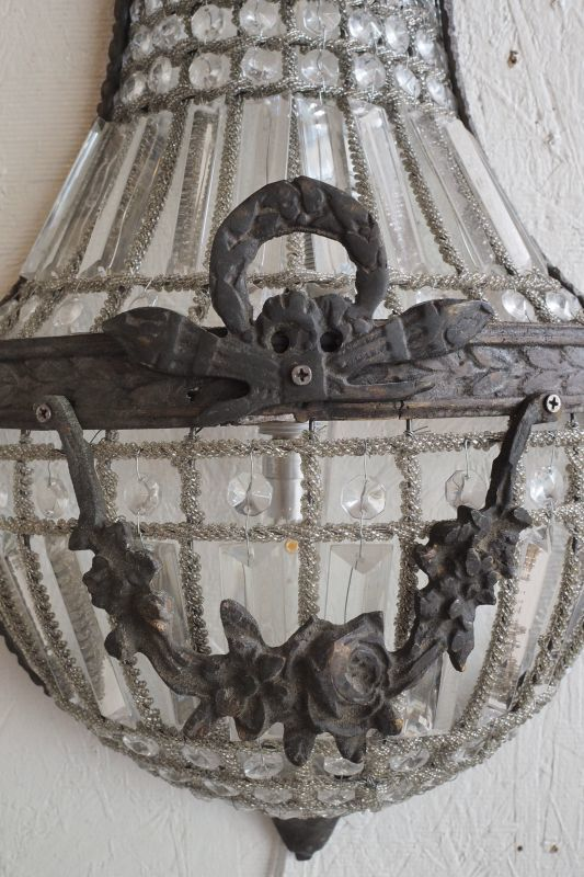 Empire bracket Lamp