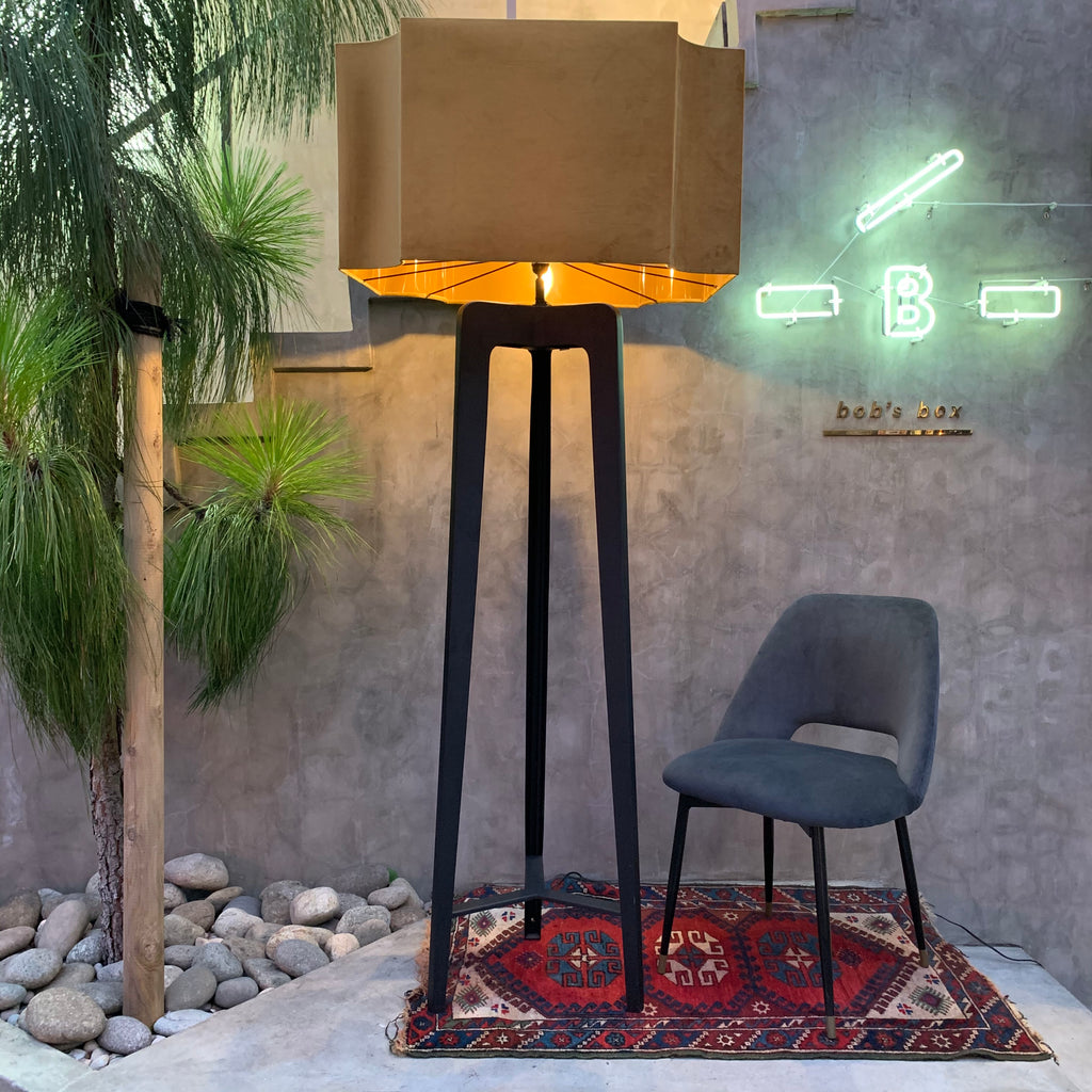 Neptune Floor Lamp - OUTLET
